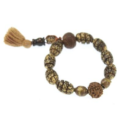beaded-guru-bracelet-with-tassel