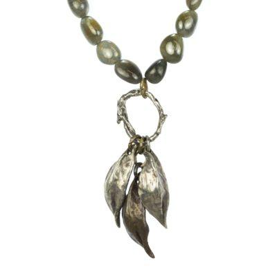 sapphire-and-leaf-beaded-neckalce-7