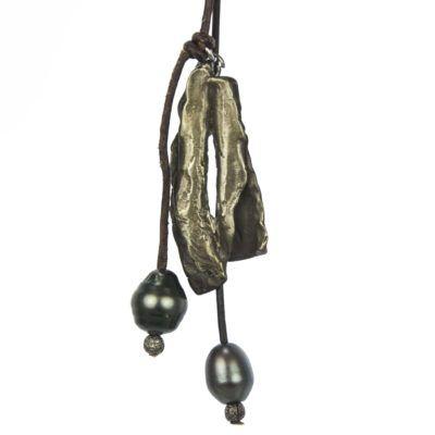 organic-shape-lariat-necklace